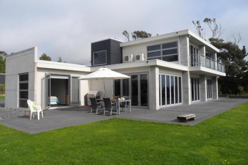 Henwood Homestay BnB - Accommodation - New Plymouth