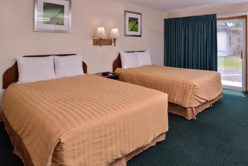 Red Carpet Inn - Worthington, MN 56187
