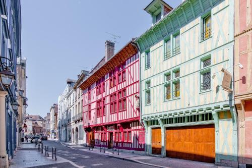 . Brit Hotel Comtes De Champagne - Troyes Centre Historique