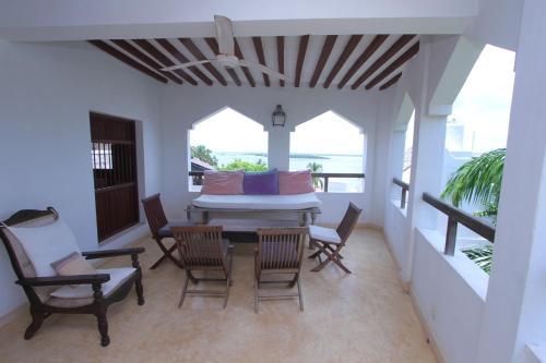 Shella Royal House, Lamu West