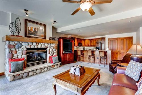 Affordable 2 Bedroom - Christie Club 306 - Steamboat Springs, CO 80487