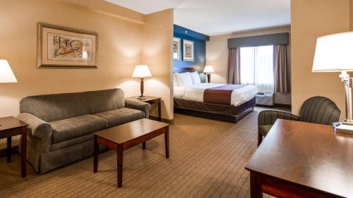 Best Western Monroe Inn & Suites - Williamstown, NJ 08094