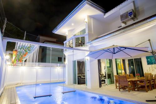 Jomtien Pool Villa Pattaya by Kim Jomtien Pool Villa Pattaya by Kim