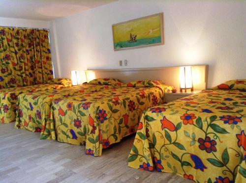 Sands Acapulco Hotel & Bungalows szoba-fotók