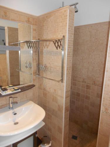 Habitación Doble Hotel Villa Maltés 4