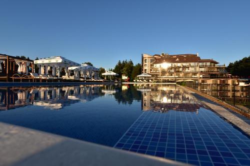 . Hotel Infinity & Spa Park Velingrad