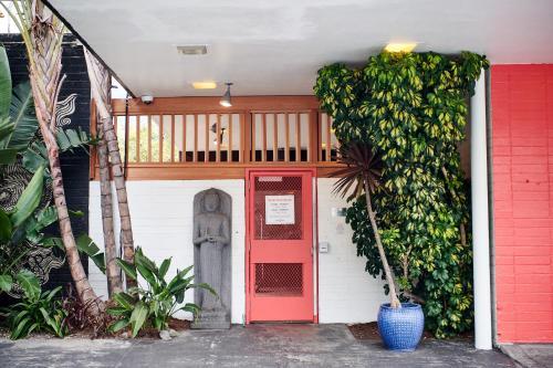 601 Eddy Street, San Francisco, 94109, Califonia, United States.