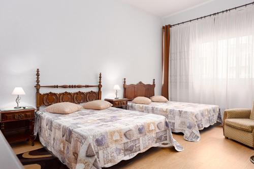 Almada Guest House, 4050-033 Porto