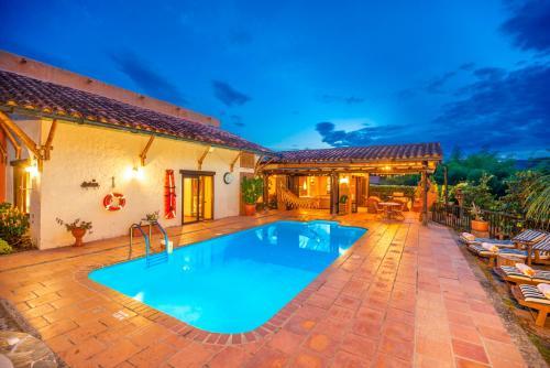 . Villa Gregory