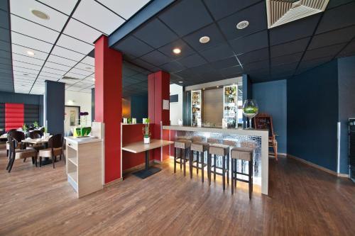 Novum Hotel Belmondo Hamburg Hbf photo 3