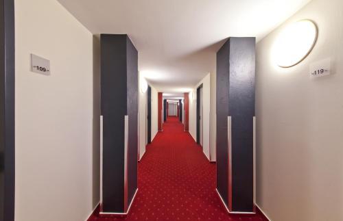 Novum Hotel Belmondo Hamburg Hbf photo 32