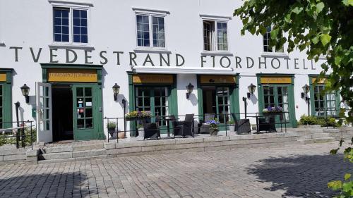 . Tvedestrand Fjordhotell