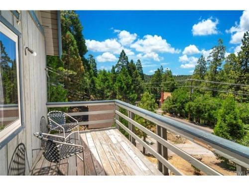 Grass Valley Retreat - Lake Arrowhead, CA 92352