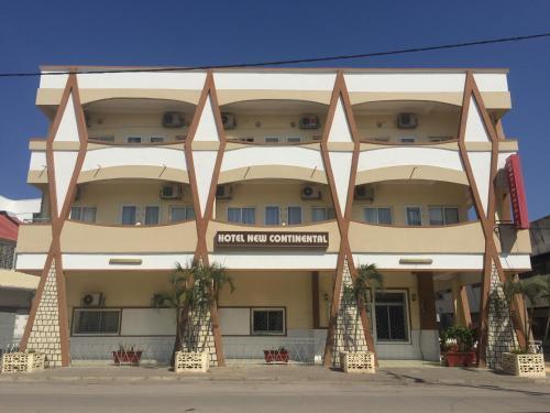 Hotel Continental, Boeny