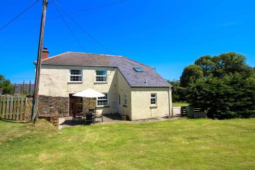 Lestowder Cottage, Manaccan, Cornwall