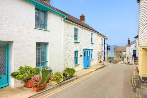 Shorelines, Portscatho, Cornwall