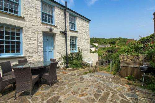 Cove Cottage, Veryan, Cornwall
