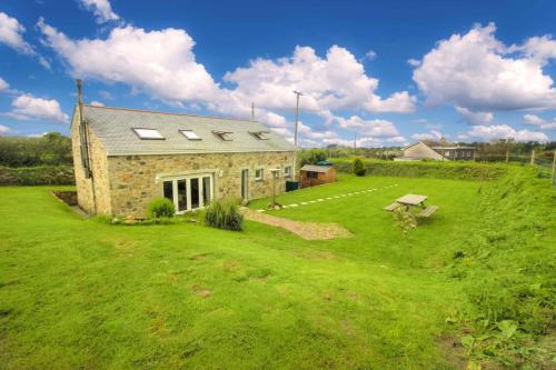 Trennal Barn, Praa Sands, Cornwall