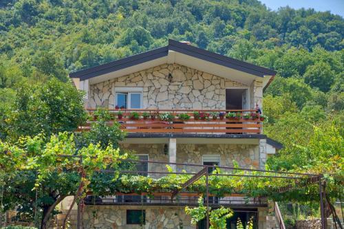 . Villa Semeder