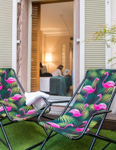 24 rue Saint François de Paule, 06300 Nice, France.