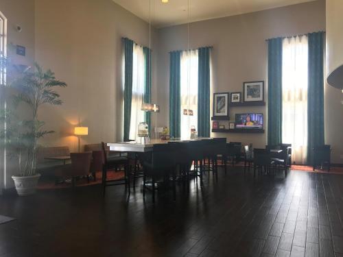 Hampton Inn & Suites San Jose - San Jose, CA CA 95111