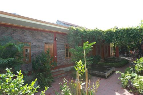 Xuan Lai Right View Homestay