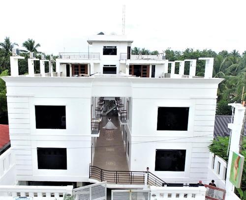Sangkay Suites Apartments