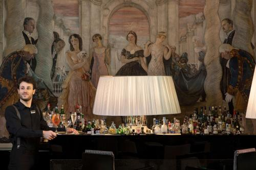 Grand Hotel Palace Rome photo 51