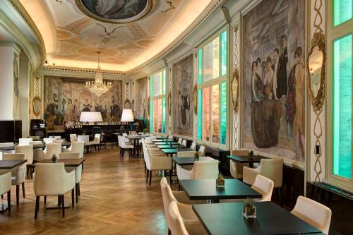Grand Hotel Palace Rome photo 52