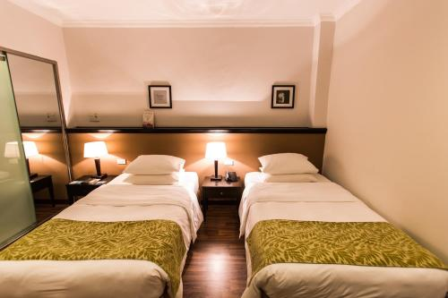 Superior Double Room (10% Food & Beverage)