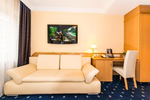 Hotel Royal photo 17