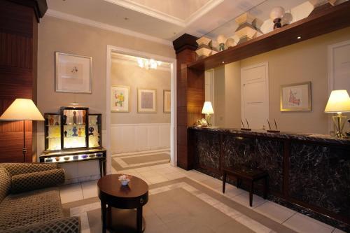 银座蒙特利拉苏瑞酒店
