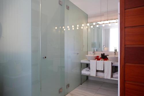 Habitación Superior con terraza - 2 camas Sa Cabana Hotel & Spa - Adults Only 8
