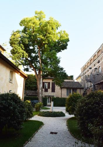 Travel Guide Ravenna - The Michelin Green Guide