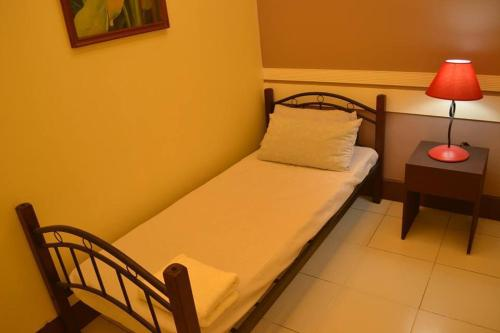 10-Bed Mixed Dormitory Room