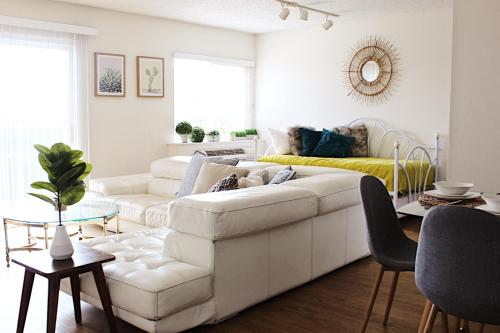 Artist Home at Venice Beach - One Bedroom Oasis