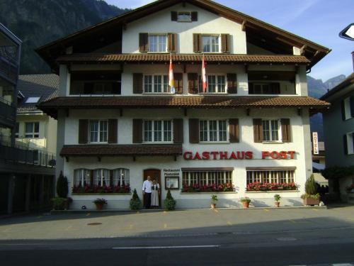 Gasthaus Post - Hotel - Muotathal