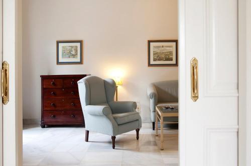 Suite Junior con vistas al jardín  Villa Jerez 12