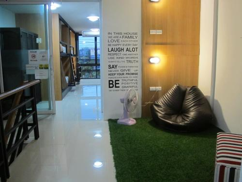 HOMEY-Donmueang Hostel photo 38