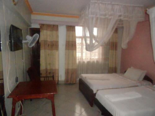 Riversand Hotel & Self Catering Hostel