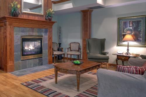 Country Inn & Suites By Radisson Forest Lake Mn - Forest Lake, MN 55025