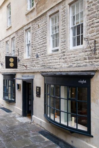 North Parade Passage, Bath BA1 1NX, England.
