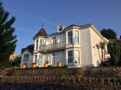 The Shoalstone (Bed and Breakfast)