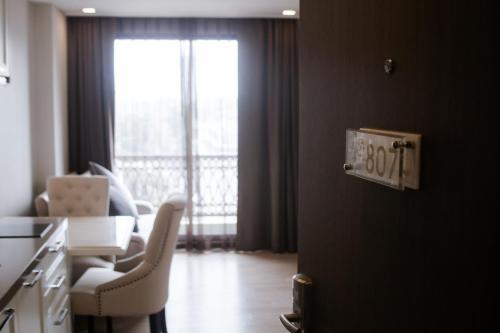 Hope Land Hotel Sukhumvit 8 photo 37