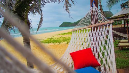 Baan SanSuk Pranburi - Beach Front & Pool Villa Baan SanSuk Pranburi - Beach Front & Pool Villa