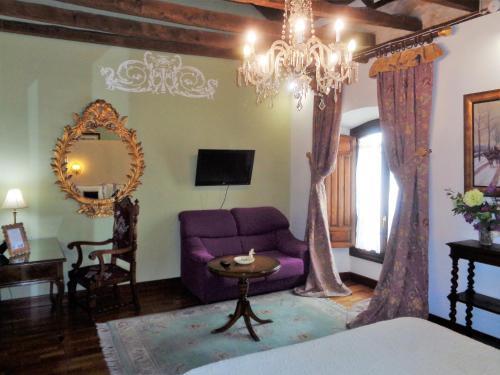 Habitación Doble Deluxe con bañera de hidromasaje - 1 o 2 camas Boutique Hotel Nueve Leyendas 6