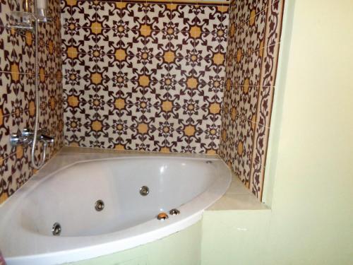 Deluxe Double or Twin Room with Spa Bath Boutique Hotel Nueve Leyendas 4
