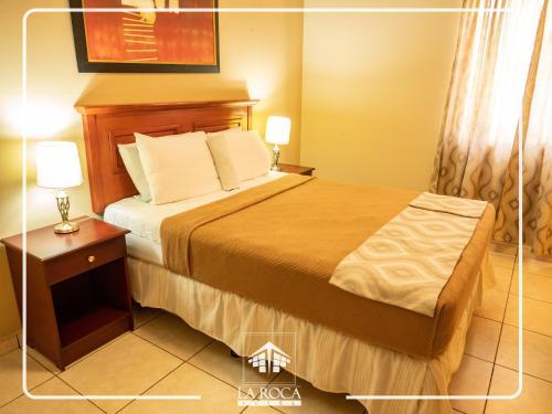La Roca Hotel szoba-fotók