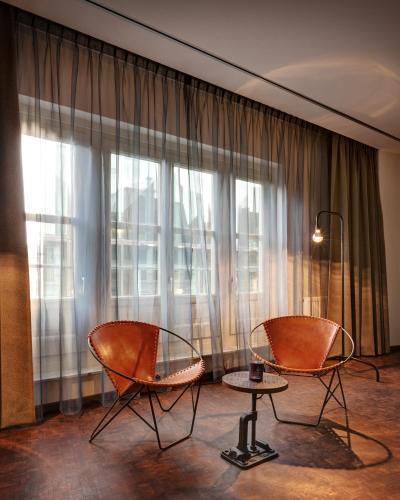 Hotel V Nesplein photo 13