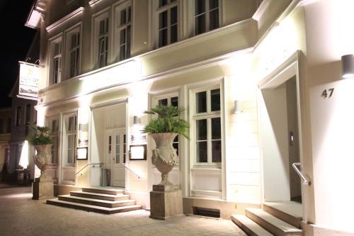 . König`s Hotel am Schlosspark